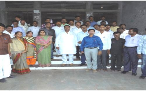 Group photo of Staff members with Hon. SecretaryJaydattaji (Anna) Kshirsagar